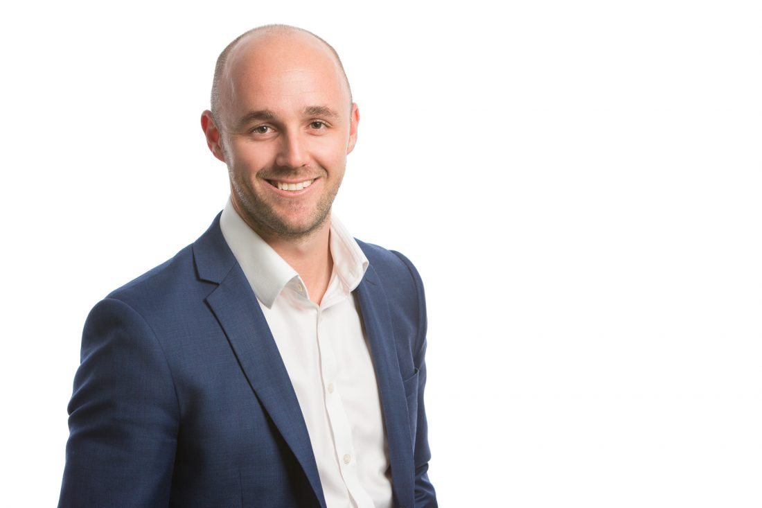 The professional – Corporate portrait photography Brisbane | Blank